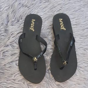 Reef Black Thong Wedge Sandal